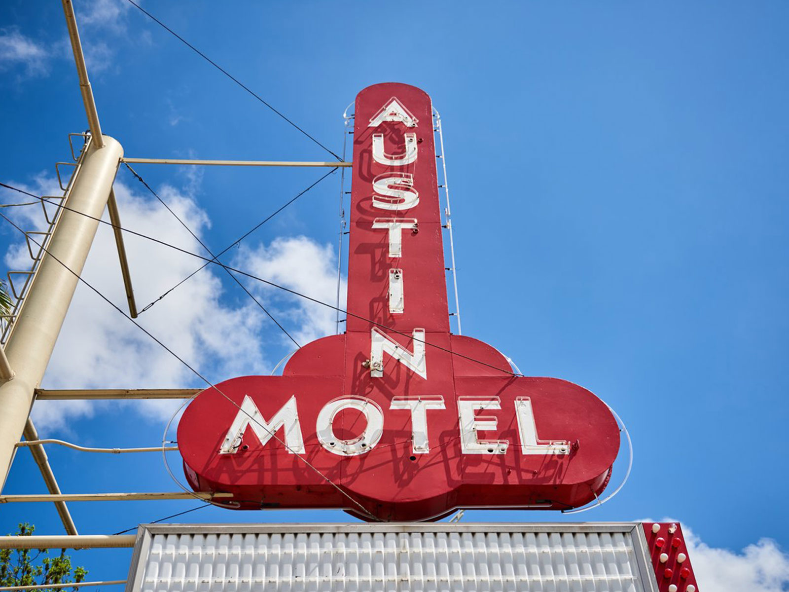 The Austin Motel neon sign from below